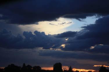 Stormy Sky 15 by pelleron