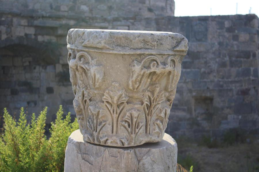 Ancient Ruins II by pelleron
