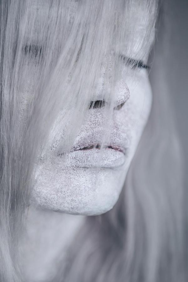 Dreaming Girl by pelleron