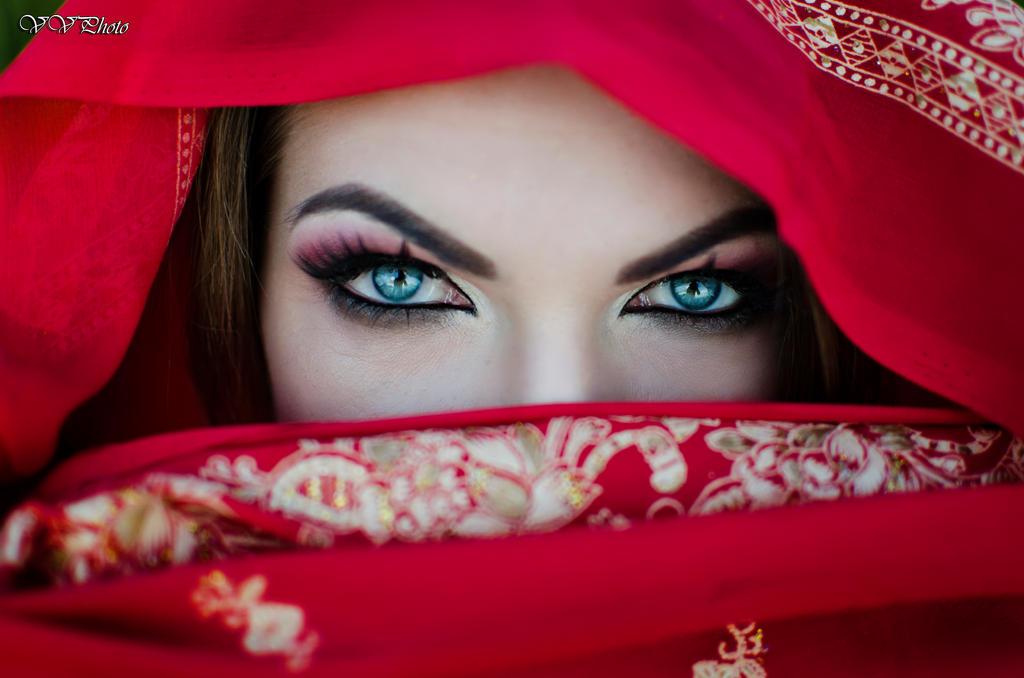 Olga's eyes by veronasunrise