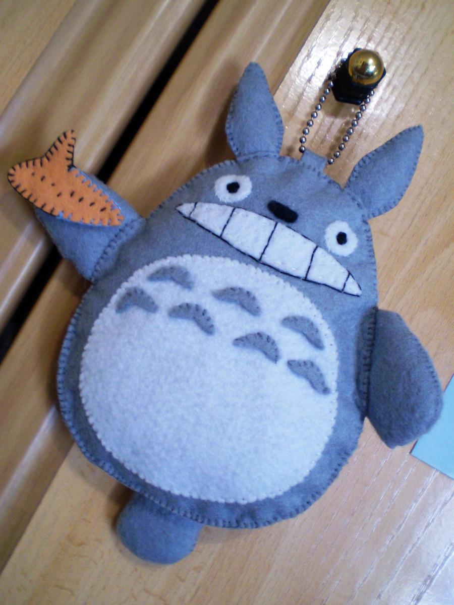 Totoro and Ocarina by JoshikoseiSnak