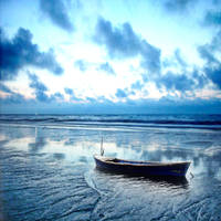 Blue Beach by No0o0r
