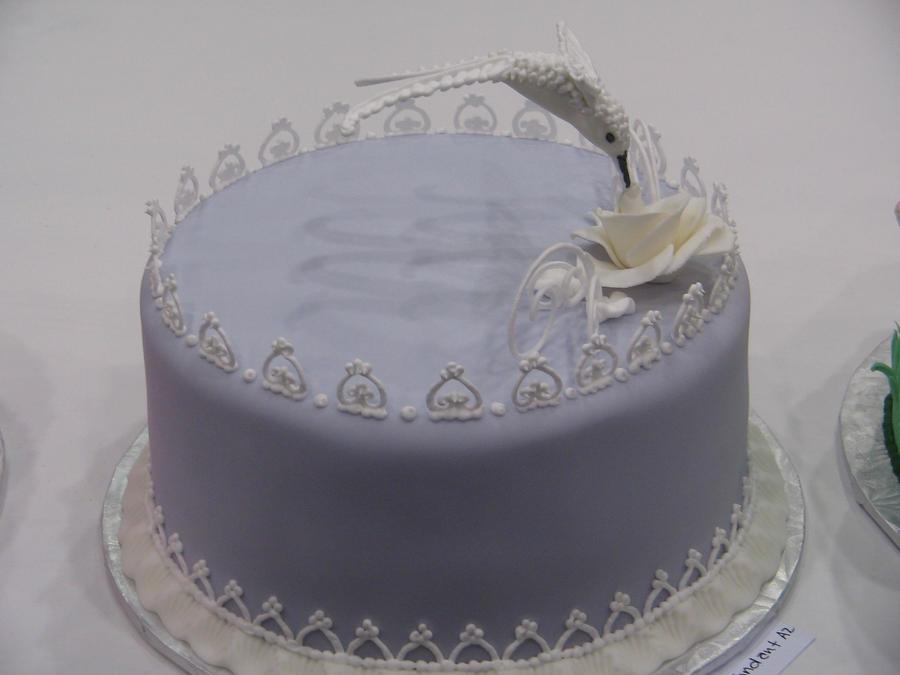 Humming Bird Lace Cake