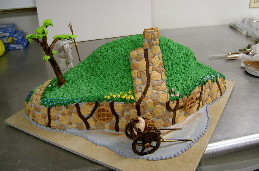 Hobbit Hole Cake v2 by The-EvIl-Plankton