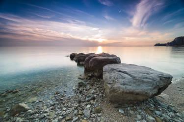 The sea in the autumn by Koljan