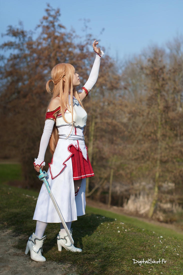 Asuna from Sword Art Online Cosplay by YumiCosplay