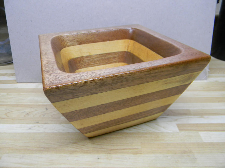 Mahogony-pine bowl by TradArcher