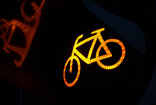 Traffic Lights - Yellow Bike