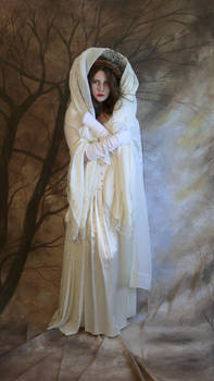 lady winter hooded