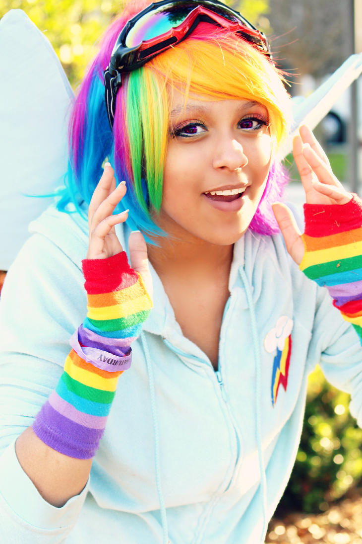 MlP RainbowDash Cosplay:Bright Rainbow by Awesome-Vivi