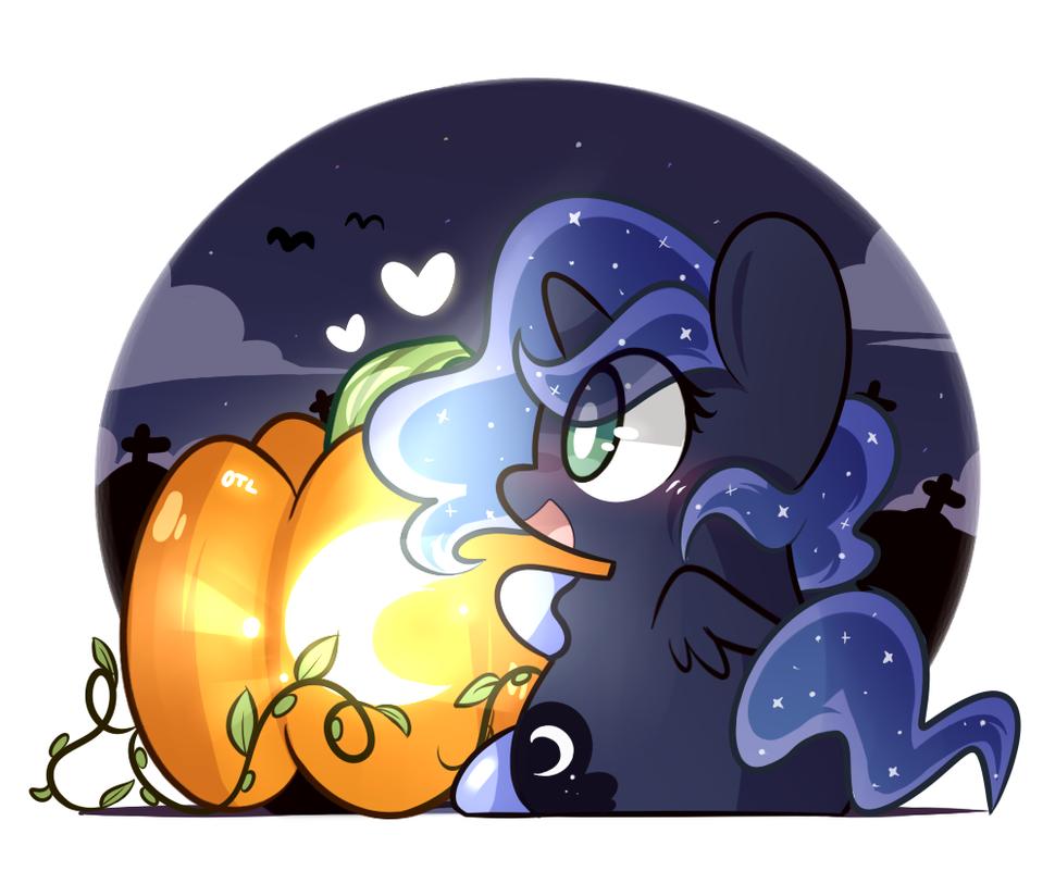 Luna by MACKINN7