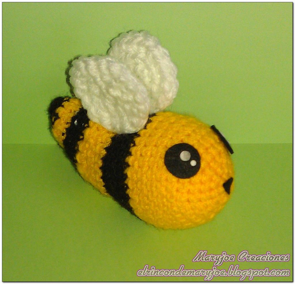 Amigurumi Bee : Amigurumi Bee by MaryjoeCreaciones on DeviantArt
