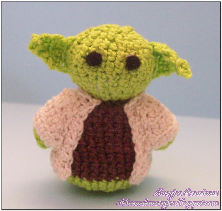 Amigurumi Star Wars Yoda by MaryjoeCreaciones on DeviantArt