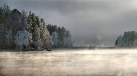mysterious winter II by KariLiimatainen