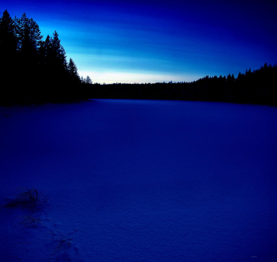 blue moment by KariLiimatainen