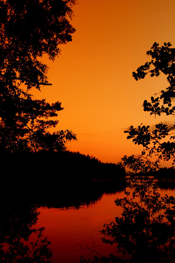 summer night   .. . by KariLiimatainen