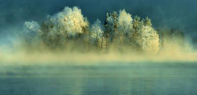 misty winter day by KariLiimatainen