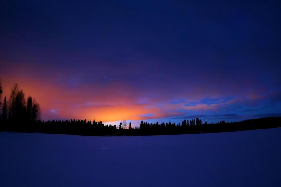 night time by KariLiimatainen