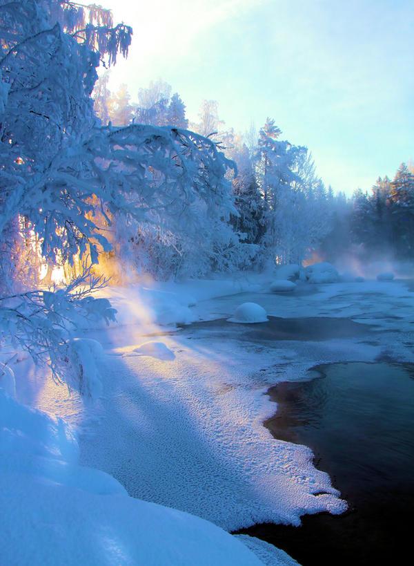 the last rays of the sun by KariLiimatainen