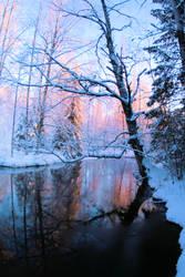 Beautiful winter day by KariLiimatainen