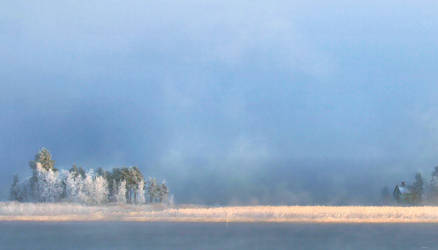mysterious winter day. by KariLiimatainen