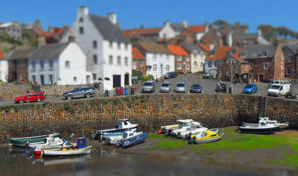 Crail Harbour2 by leeb9972