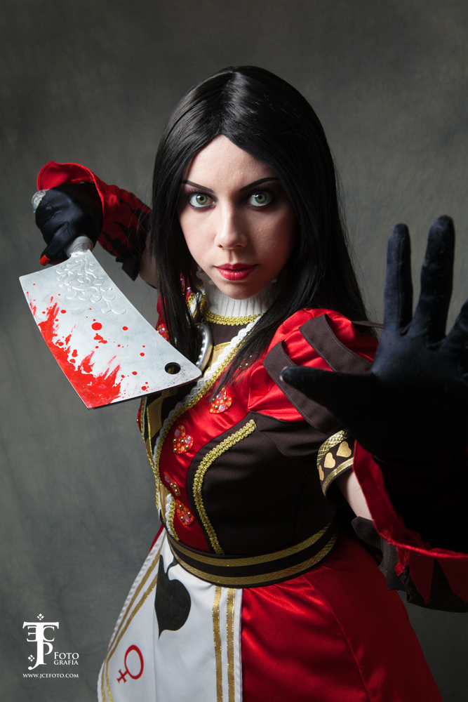 AMR Royal Suit cosplay 2 by gyanax
