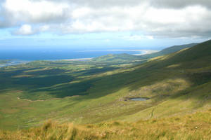Looking upon an Irish coast by m3ocm