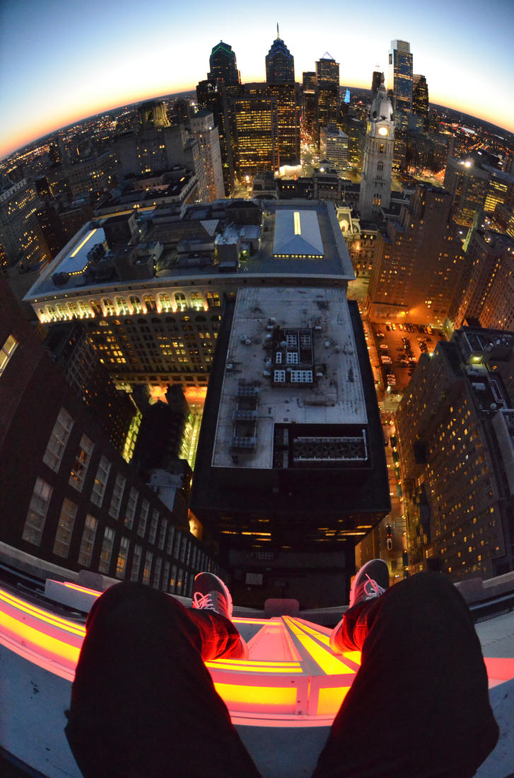 On the edge of the setting sun - Philadelphia by StuffyMcbPb