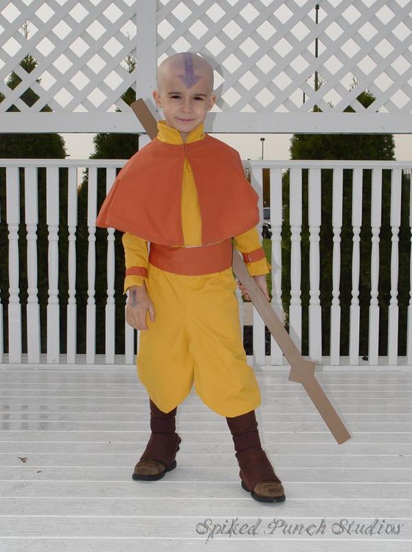 شخصيات حقيقية تقلد مسلسل افاتار Mini_Avatar_Aang_by_prismkitty.jpg