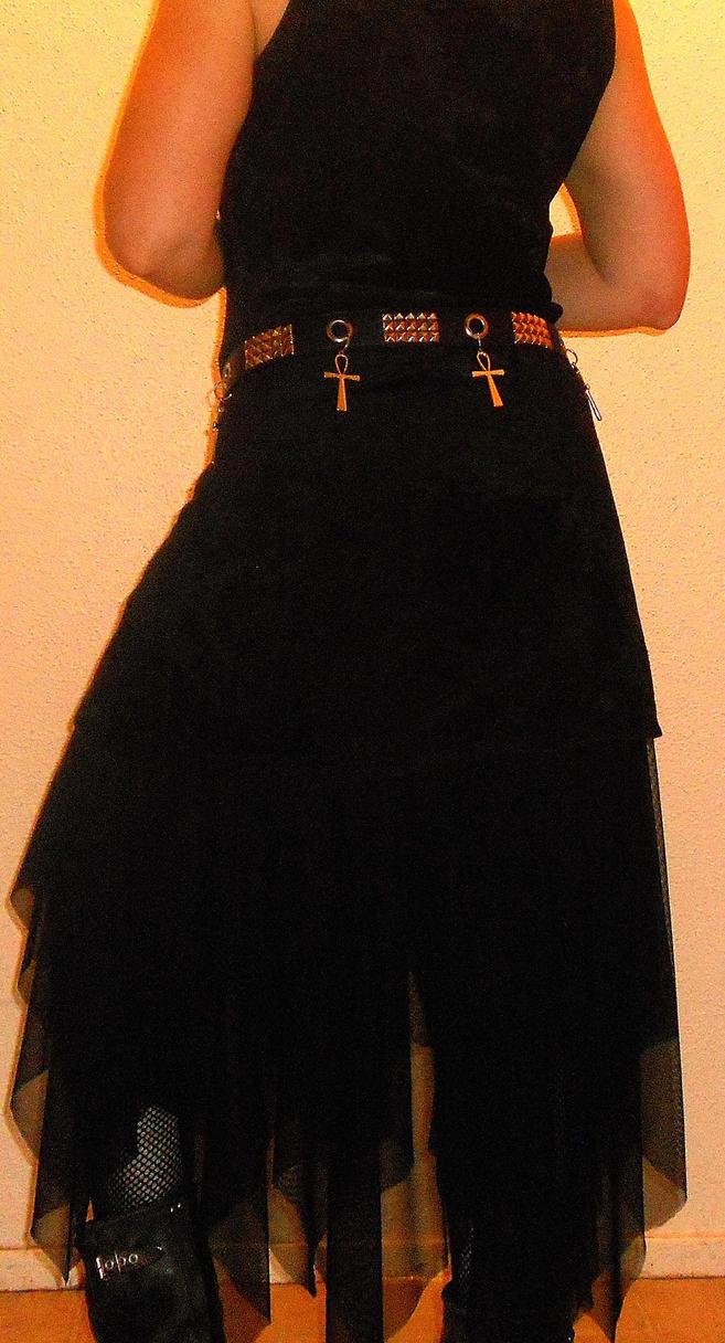 mesh handkerchief petticoat-back view by CorvusCallosum
