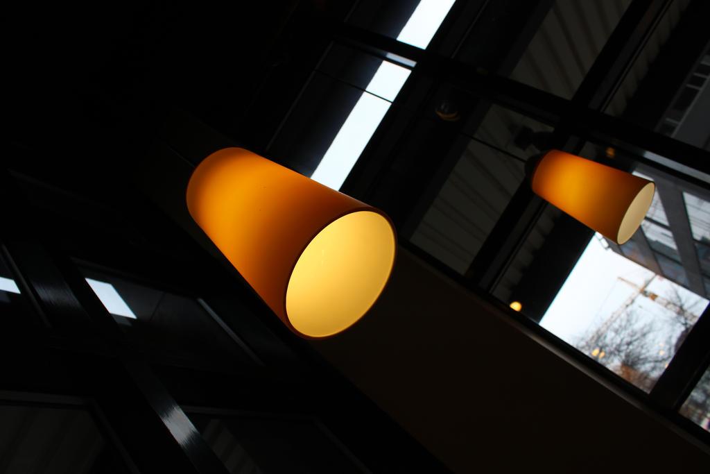 Soft Cafe Lighting by JW89