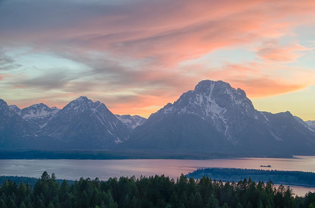 Mount Moran by wyorev