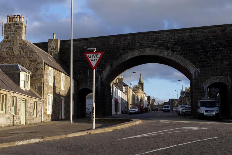 Cullen viaduct by Blue-eyed-Kelpie