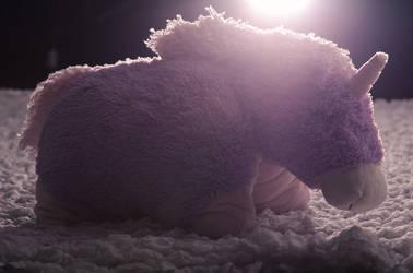 Ilpo the Unicorn by Melmolly