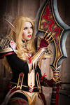 Red and Gold - Paladin - World of Warcraft