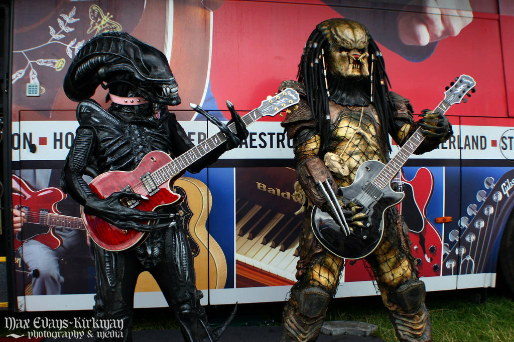 Alien vs Predator vs Guitar by PedroTpredator ... & Alien vs Predator vs Guitar by PedroTpredator on DeviantArt