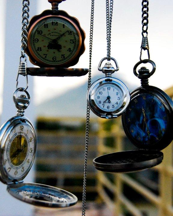 Satovi ,casovnici,vreme... Hand_clocks_by_blackrabbit04-d30nt01