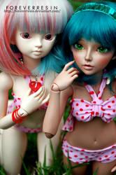 Bikini Babes. by ForeverResin