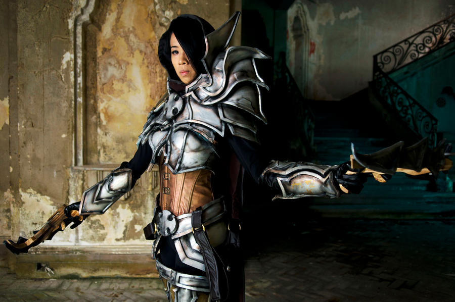 Demon Hunter (Female) by LadyAngelus