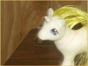 Baby unicorn honeycomb