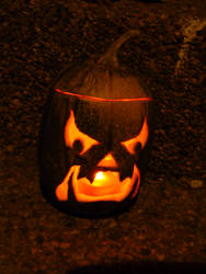2011 Scary Orc Face Jack-o-lantern lit by TNHawke