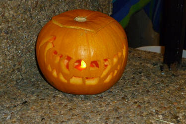 Creepy Grin Jack-o-lantern 2011 by TNHawke