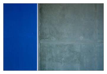 Grey - Blue by Grum999