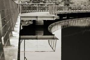 Urbanized pool by Grum999