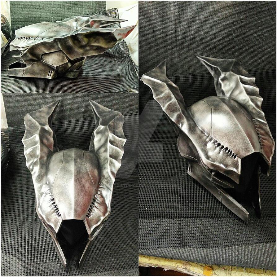 Deathsinger Gaze Helmet by Uratz-Studios