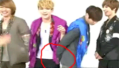 Jongkey touches 25 by Ko-min-jk