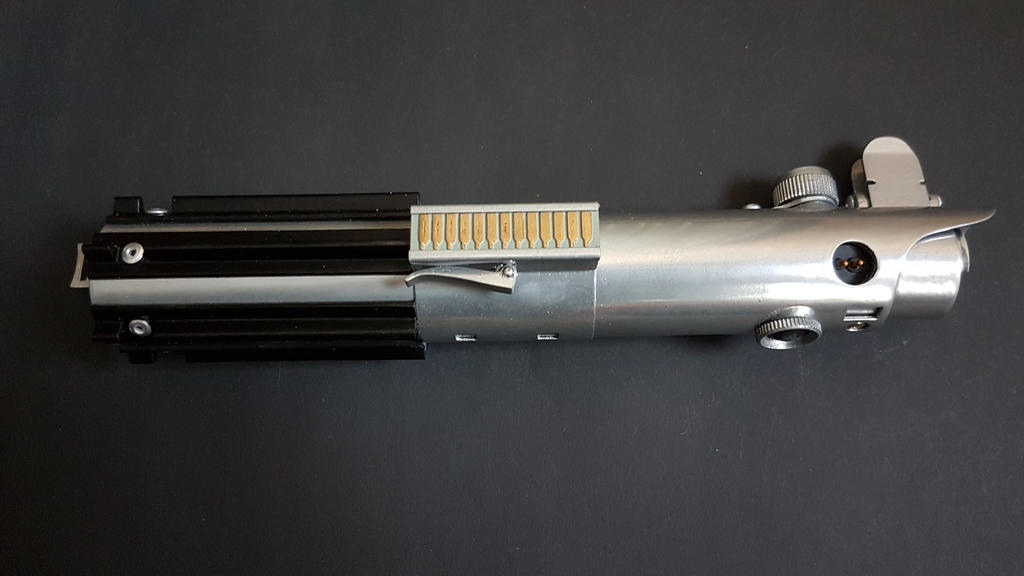 luke's / Rey's saber by janzu77