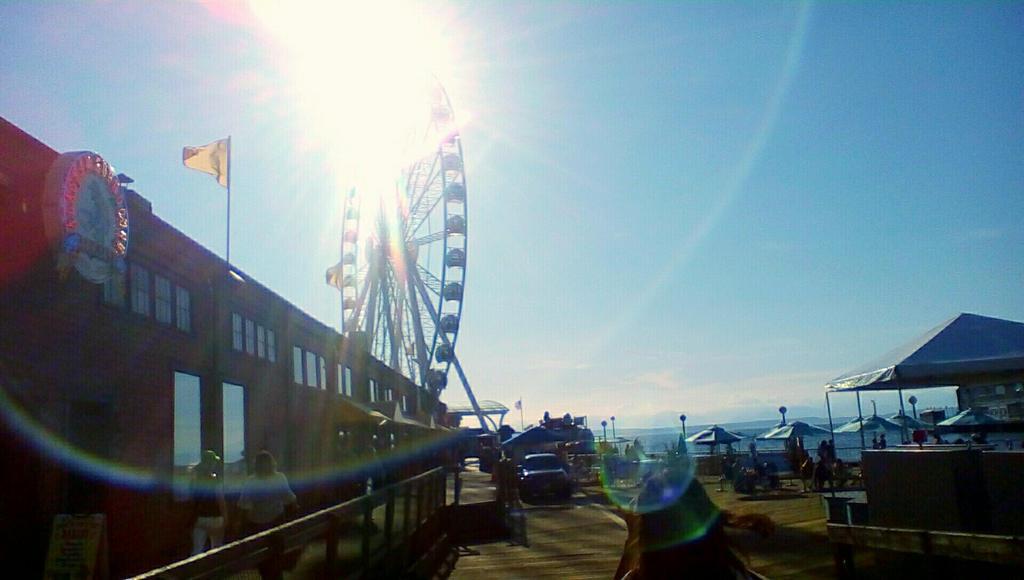 Seattle Great Wheel by pokemontrainerjay