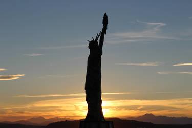 Statue of Liberty at Alki Beach, Seattle WA by pokemontrainerjay